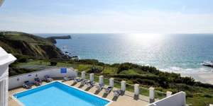 Clifftop Cornwall getaway (Polurrian Bay Hotel) includes Full English Breakfast & £66 credit  towards an à la carte or set-menu dinner only £99 per couple @ Travelzoo (also inc. cinema room, a gym and two swimming pools, free WiFi) - more in OP