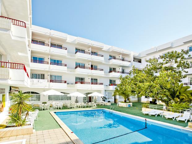 Casita Blanca Studios and Apartments: Spain, Balearic Islands, Ibiza : 7 Nights 30 May 2018 - 06 Jun 2018 inc flights (LGW), luggage, transfers only £91 pp (based on 2) @ Thomas Cook