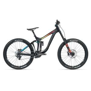 10% off all 2018 Giant & Liv Bikes over £2990 @ H2 Gear