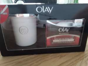 Olay Regenerist 50ml with free candle.. 99p from Superdrug instore - Barnstaple, North Devon