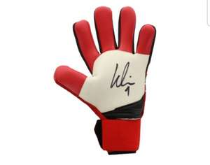 Signed glove from Real Madrid hero £125 @ Liverpool FC Store