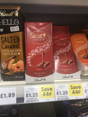 Lindor all varieties chocolate bar reduced to £1.25 @ Tesco instore / online