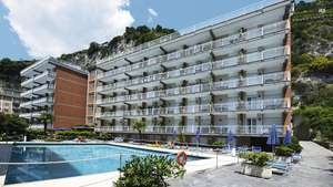 From London: August School Holidays Bank Holiday 7 Night Package Holiday to Italy (nr Amalfi Coast) £317.25pp @ Tui