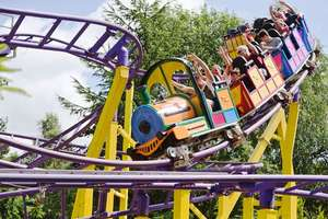 1 Night Wild West Cabin Stay for Family of 4 PLUS 2 days Entry to Gulliver's Theme Park, Splash Zone & Dinosaur Park now £179 / £44.75pp @ Little Bird