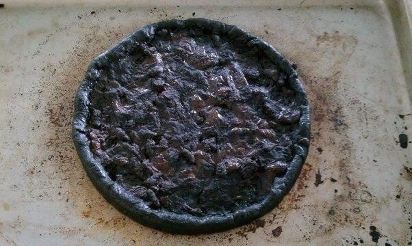 £10 off £25 spend @ pizza hut