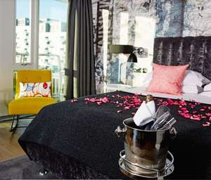 Hotel with breakfast / glass of prosecco £39.50pp or Date night package inc bottle of champers, 3 course meal and breakfast for £69.50pp @ Malmaison