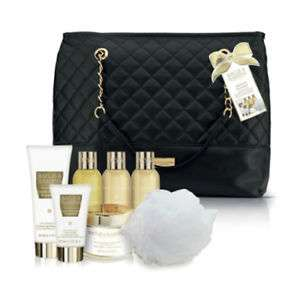 Baylis & Harding Sweet Mandarin & Grapefruit Gift Set Bag £9.50 @ Ebay (Lloyds Pharmacy Store)