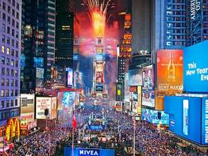 From Newcastle: New Year's Eve in New York, 5 Nights Hilton Doubletree & Aer Lingus Flights £1610.56 (£805.28pp) with Aer Lingus and Booking.com