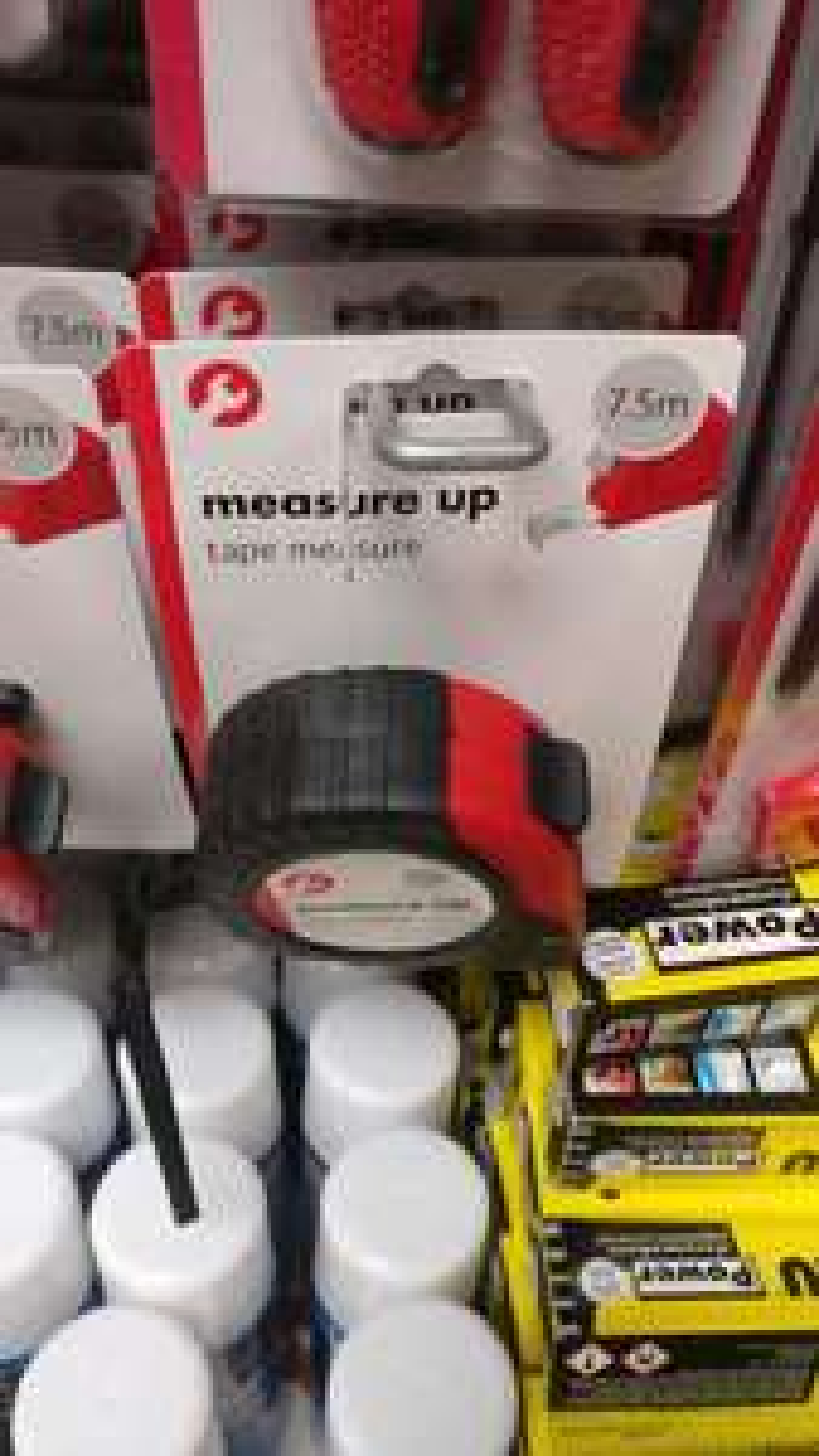 Measure tape 7.5 m £1 @ poundland