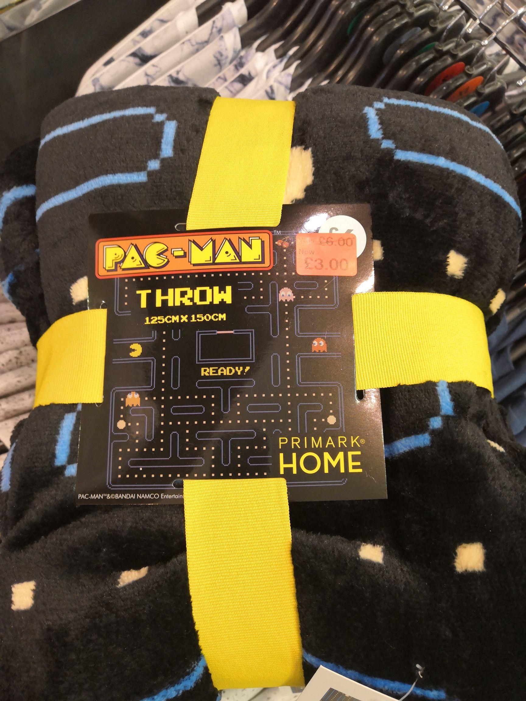 Pacman fleece blanket £3 primark