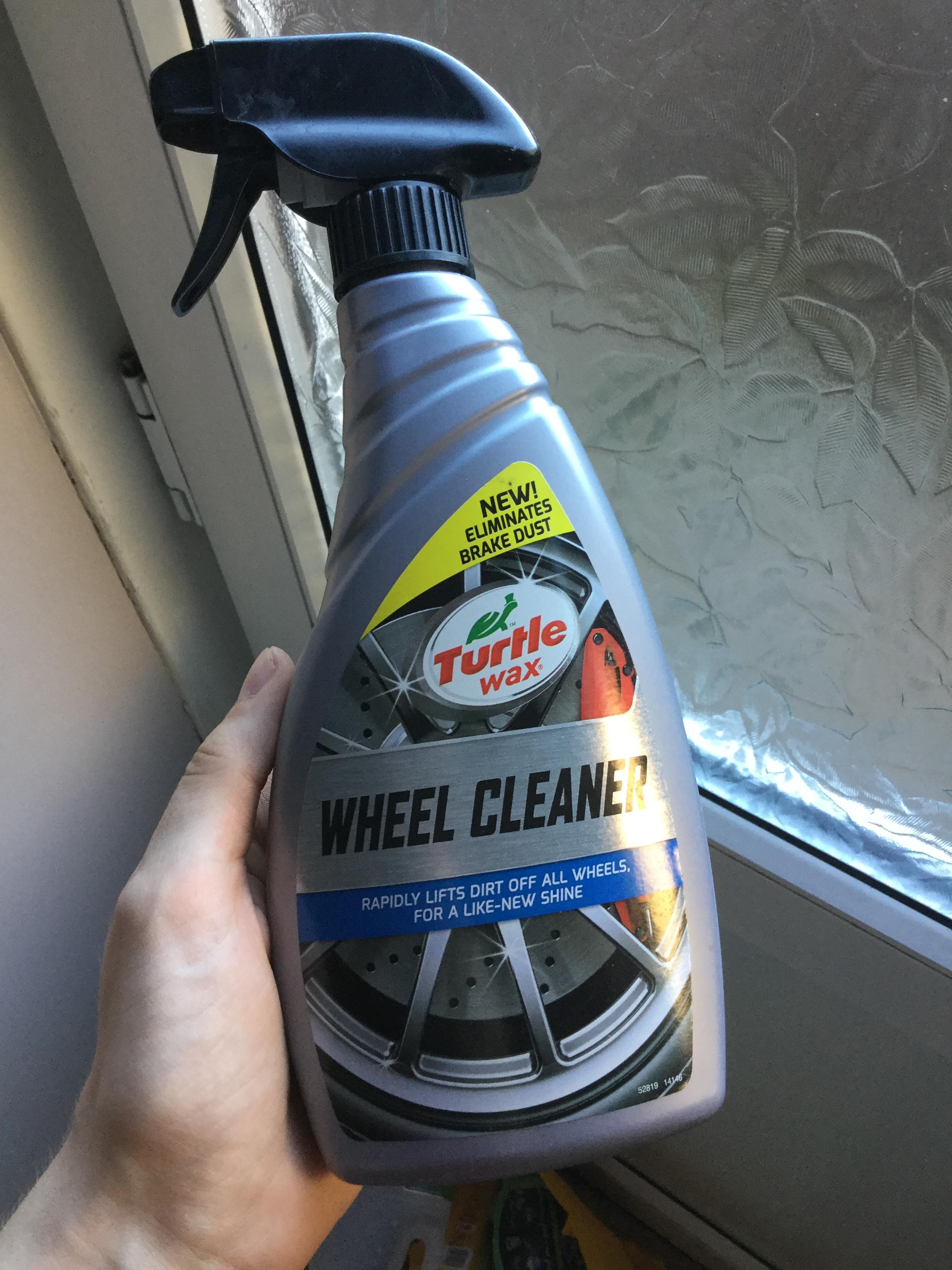 Turtle Wax wheel cleaner £4 instore @ Halfords