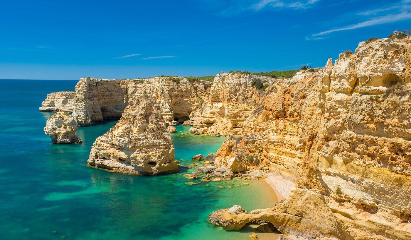 Return Flights London Gatwick (and more) to Faro / Ibiza / Menorca / Naples / Olbia £49 @ Tui