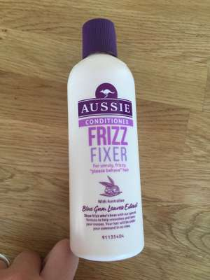 Aussie conditioner frizz fixer 5p at superdrug