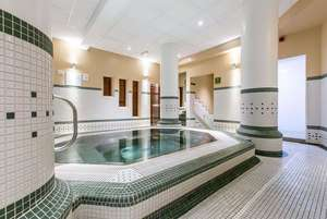 4 Star Q Hotel Spa Day with hot drink & Danish pastry for 2 at 17 locations from £16 / £8pp @ Living Social
