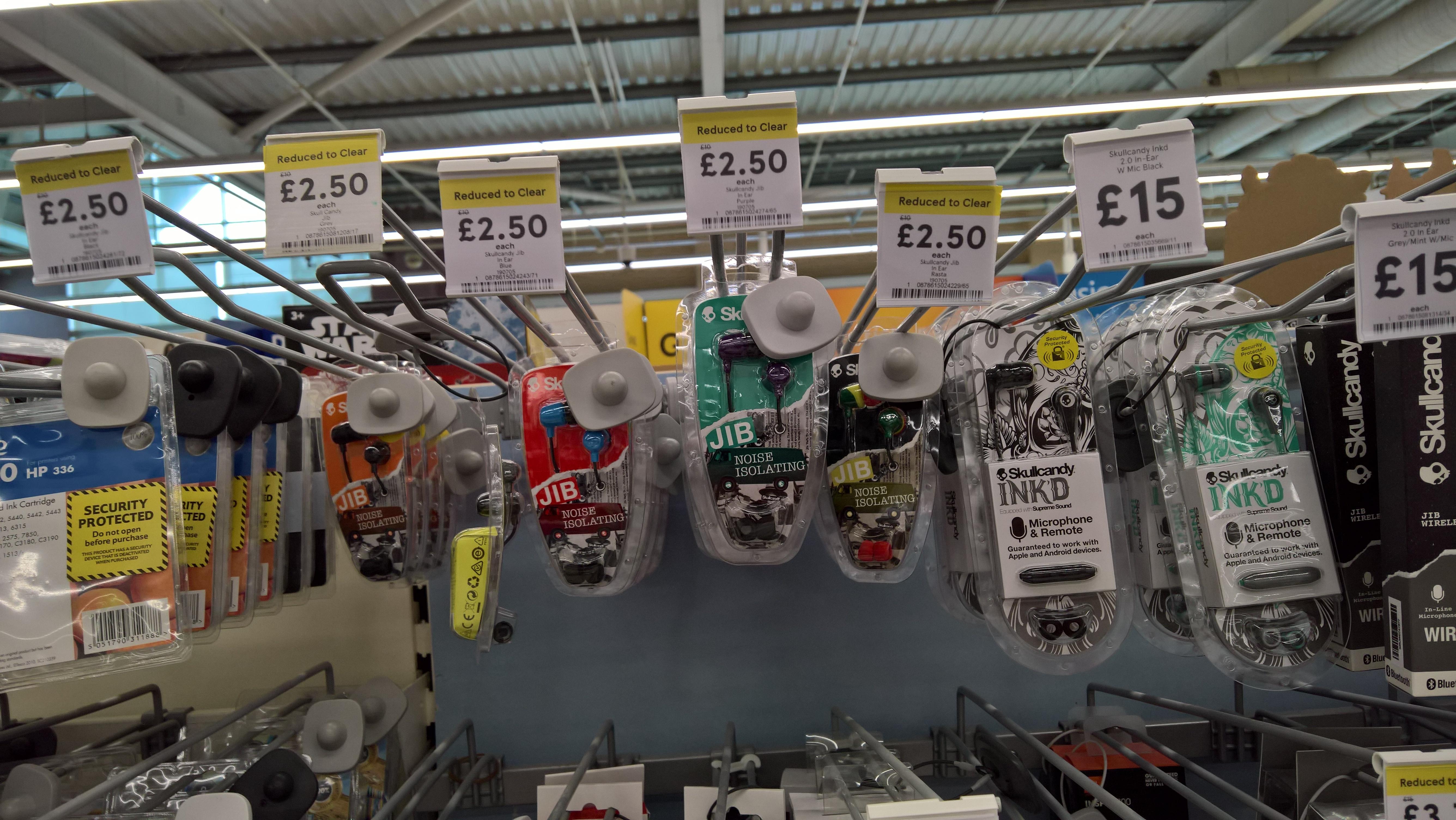 Skullcandy Jlb noise isolating in ear headphones £2.50 - Tesco Northallerton