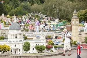 LEGOLAND® Offer -  2 days Entry to LEGOLAND Windsor Resort, 1 Night Hotel Stay with Breakfast + Kids Get Goodybags + Kids Eat FREE at the Hotel from just £34.75pp