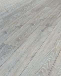 Wickes Shimla Oak Laminate Flooring - 2.22m2 Pack - £15.54 @ Wickes (free C&C)