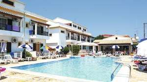 DORA STUDIOS AND APARTMENTS  iN AGHIOS GEORGIOS SOUTH, CORFU, GREECE - £163pp