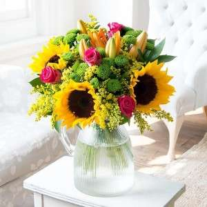 25% off All Bouquets with code @ Blossoming Gifts