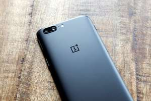 Oneplus 5 refurbished excellent £199 Envirofone.com
