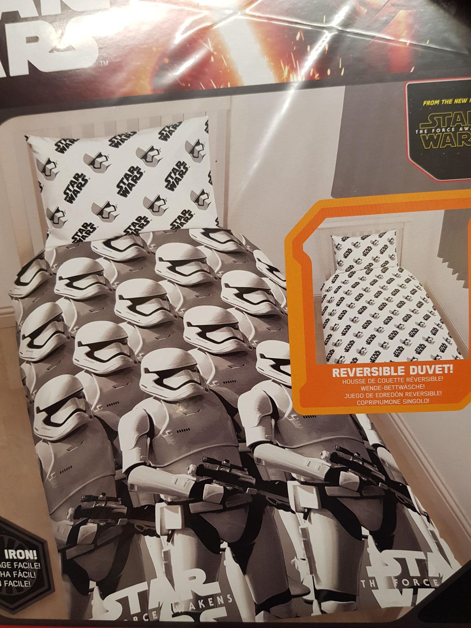Official Star Wars reversible single duvet cover set - £3.99 instore @ Home Bargains