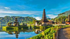 34 night trip around Asia for £836 including all transportation and accommodation @ Booking.com