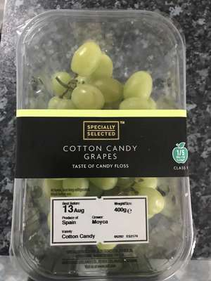 Candy floss tasting grapes - £1.99 @ ALDI