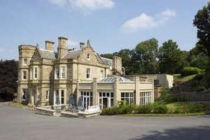 1 night stay for 2 at Hollin Hall in Peak District with breakfast, cream tea, 3 course dinner & glass of prosecco £99 / £49.50pp @ Living Social