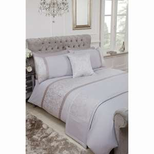 victoria bed in a bag double reduced from £25 to £1 at b&m