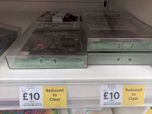 Reduced Xbox One games and Minecraft Controllers #ReleaseTheGeese - £5 instore @ Tesco Reading