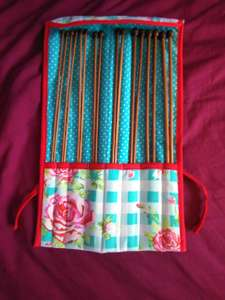 8 pairs of bamboo knitting needles in fabric roll only £1.99 in Home Bargains