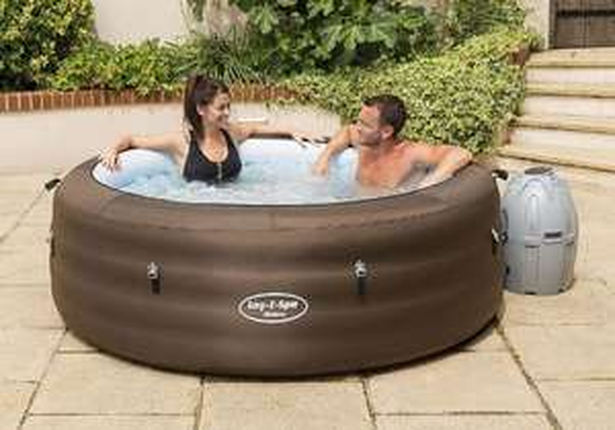 Lay-z-spa Riviera Burnage Tesco's £300 instore