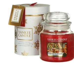 Yankee Candle The Perfect Christmas Medium Jar Candle Gift Set at Candles Direct for £14.98 delivered