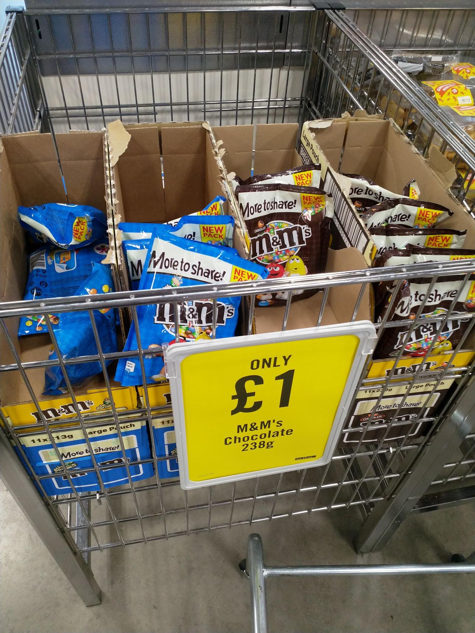 M&M's BIG BAGS £1 @ Iceland The Food Warehouse - Choc 238g / Crispy 213g