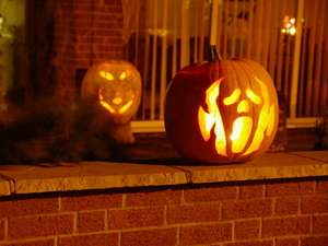 Kids Halloween Ideas - Costumes, Party Food and Games!