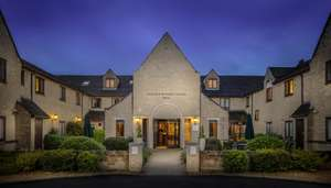 Overnight stay for 2 at 4 star Oxford Witney Hotel inc breakfast, 2 course meal & spa access inc Fridays & Valentines day £99 @ Wowcher