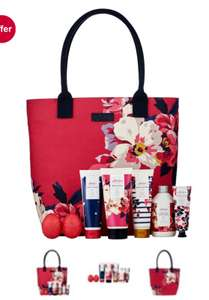 Boots star gift Joules Wonderful Weekend Bag @ boots