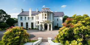 2 nights for 2 in a 4-star Georgian Property in Londonderry Northern Ireland (Beech Hill) with Full Irish Breakfast £129 @ Travelzoo