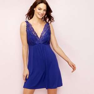 Purple Lace Chemise Size 8  reduced from £25.00 now £7.50 plus £2 click'n'collect @ Debenhams