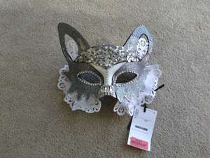 Halloween Glitter Cat Eye Mask (Adult) Reduced to £2.50 Instore @ TK Maxx