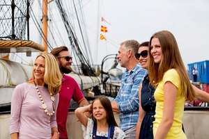 Annual Family (2 adults/seniors + 3 children) Full Navy pass to Portsmouth Historic Dockyard for just £27.50 @Buyagift