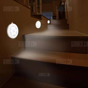 6 LEDs Motion Sensor Induction Night Light - WHITE £2.36 @ Gearbest