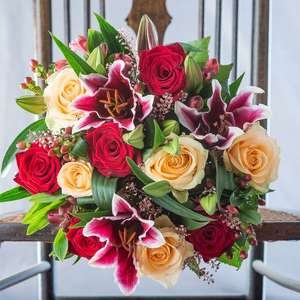 15% off Christmas Bouquets with Code @ Appleyards London