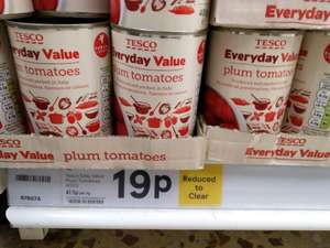 Tesco Everyday Value Tinned tomatoes reduced to clear 400g 19p @ Tesco Milton store, Cambridgeshire