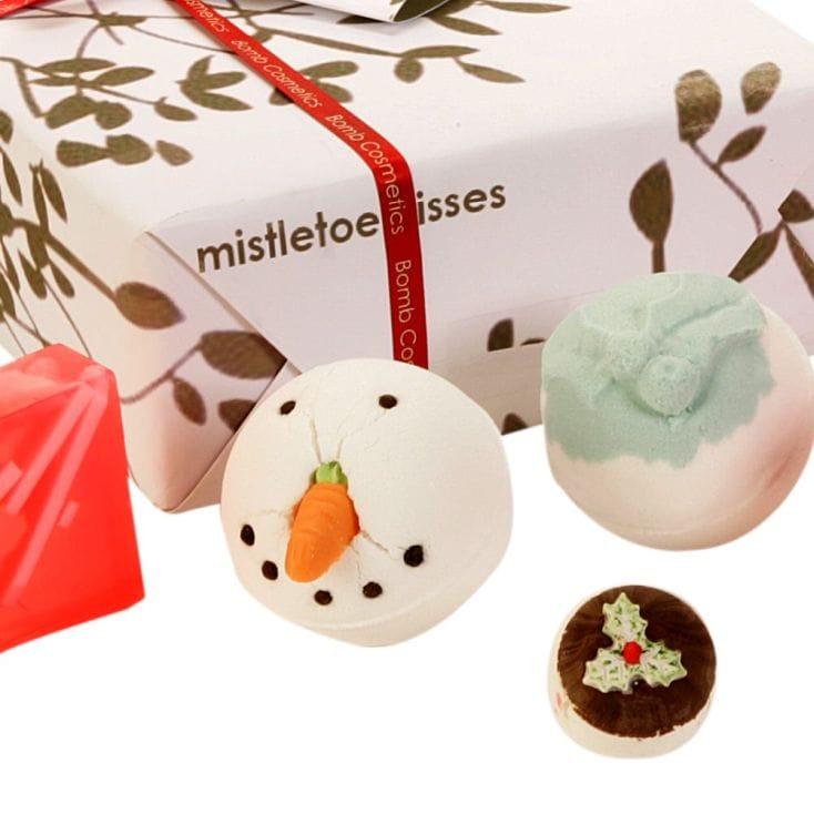 Bomb Cosmetics Mistletoe Kisses Gift Set £8.99 + £3.99 del at  Find Me A Gift