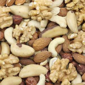 6kg of mixed nuts (hazelnuts, walnuts, cashews, almonds, brazil nuts) £48.60 inc free delivery Grape Tree