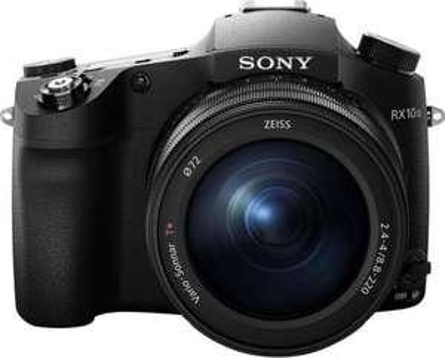 Sony DSC-RX10 mk III Body with Extended Warranty & Cashback - £749 (+potential £150 cashback) @ Castle Cameras