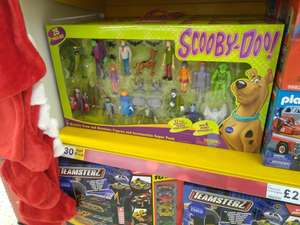 Scooby Doo 17 Figure Mystery Crew & Monsters Set with 8 Spooky Accessories - £30 (Was £60) Instore @ Tesco Extra