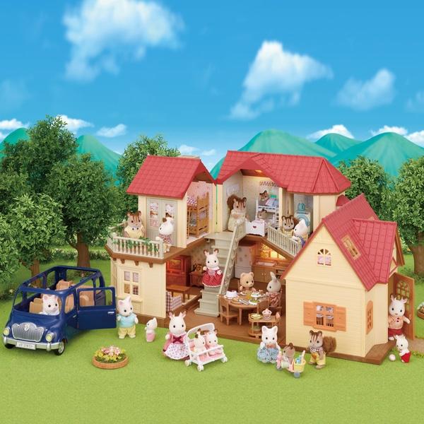 Sylvanian Families Beechwood Hall, Car & Cosy Cottage Gift Set £89.99 Smyths toys