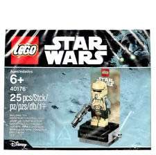 Lego 40176 Scarif Stormtrooper - in store only! £2 @ The entertainer